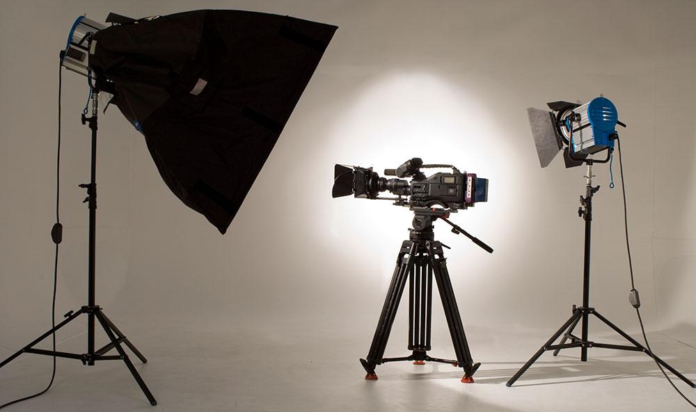 Best Interview Lighting Kits For Doentary Filmmakers